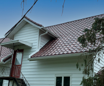 red metal tile roof in crawfordsville in